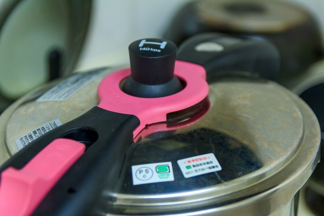 介護食に使う電気圧力鍋人気おすすめ3選!値段(価格)や使用者の口コミ・評判を紹介!【高齢者向け】