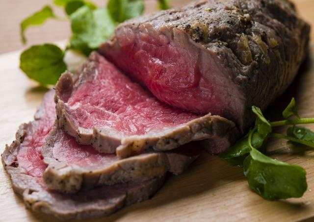 ローストビーフの介護食の簡単レシピ!材料や作り方の注意点を徹底解説!